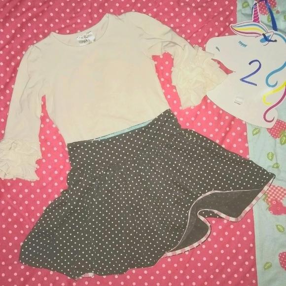 Matilda Jane size 2 VINTAGE skirt & Top
